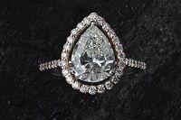 Vendere Gioielli Usati con diamanti
