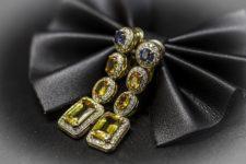 Orecchini Zaffiri gialli e blu con diamanti in vendita presso la gioielleria Orolive